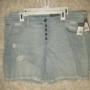 Mossimo Low Rise Distressed Boyfriend Shorts-NEW
